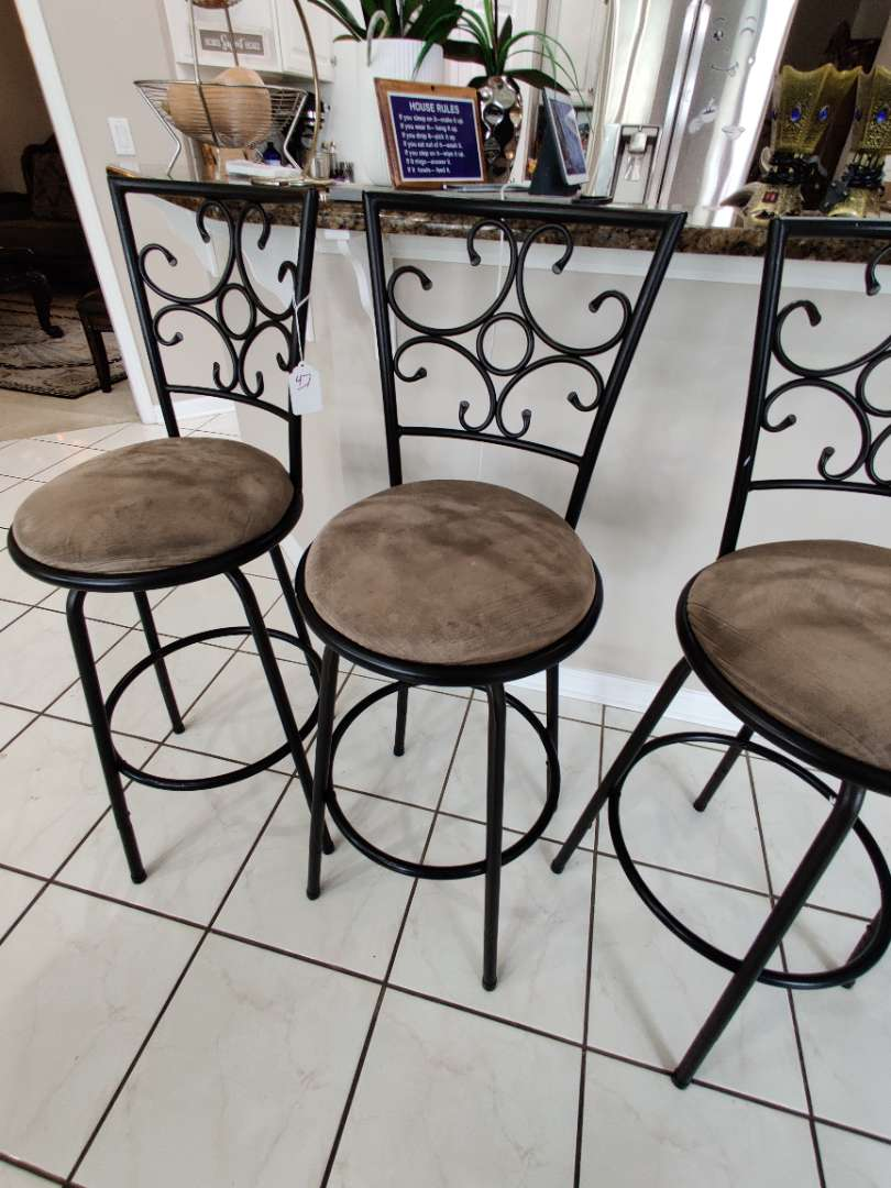 47 three metal swivel bar stools could stand to be cleaned