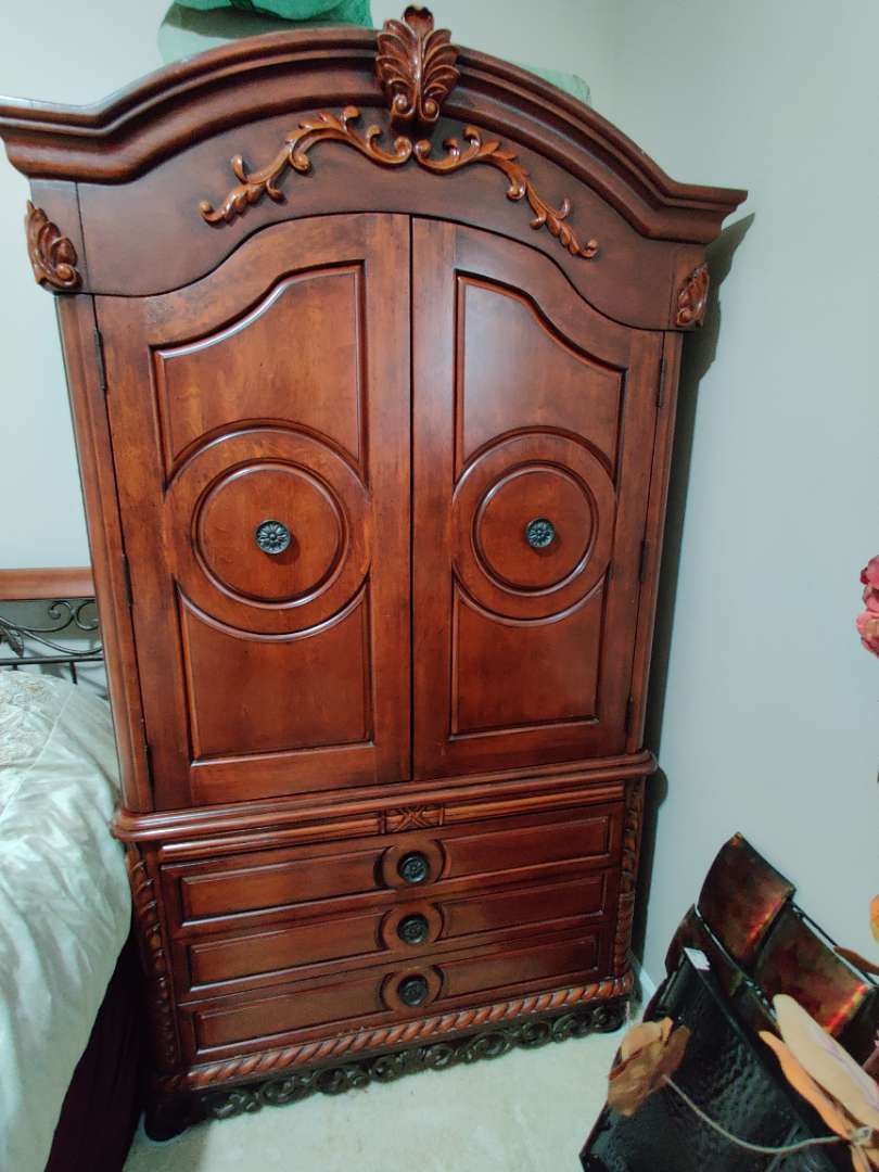 91 large armoire entertainment center three drawer chest 48 in wide 84 in tall