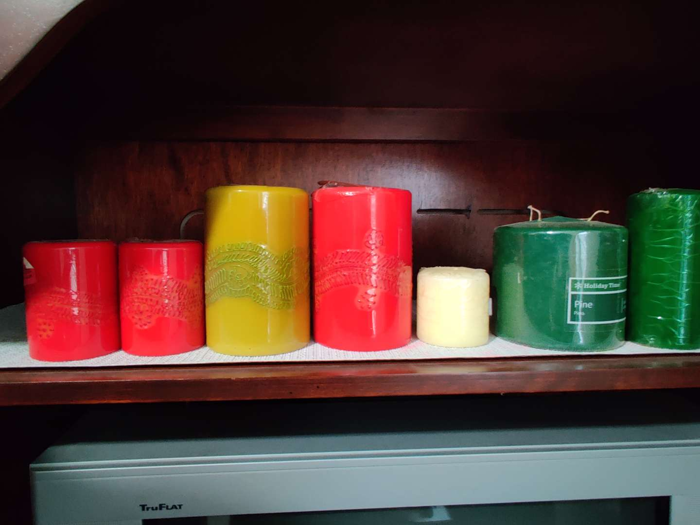101 lot of seven new candles