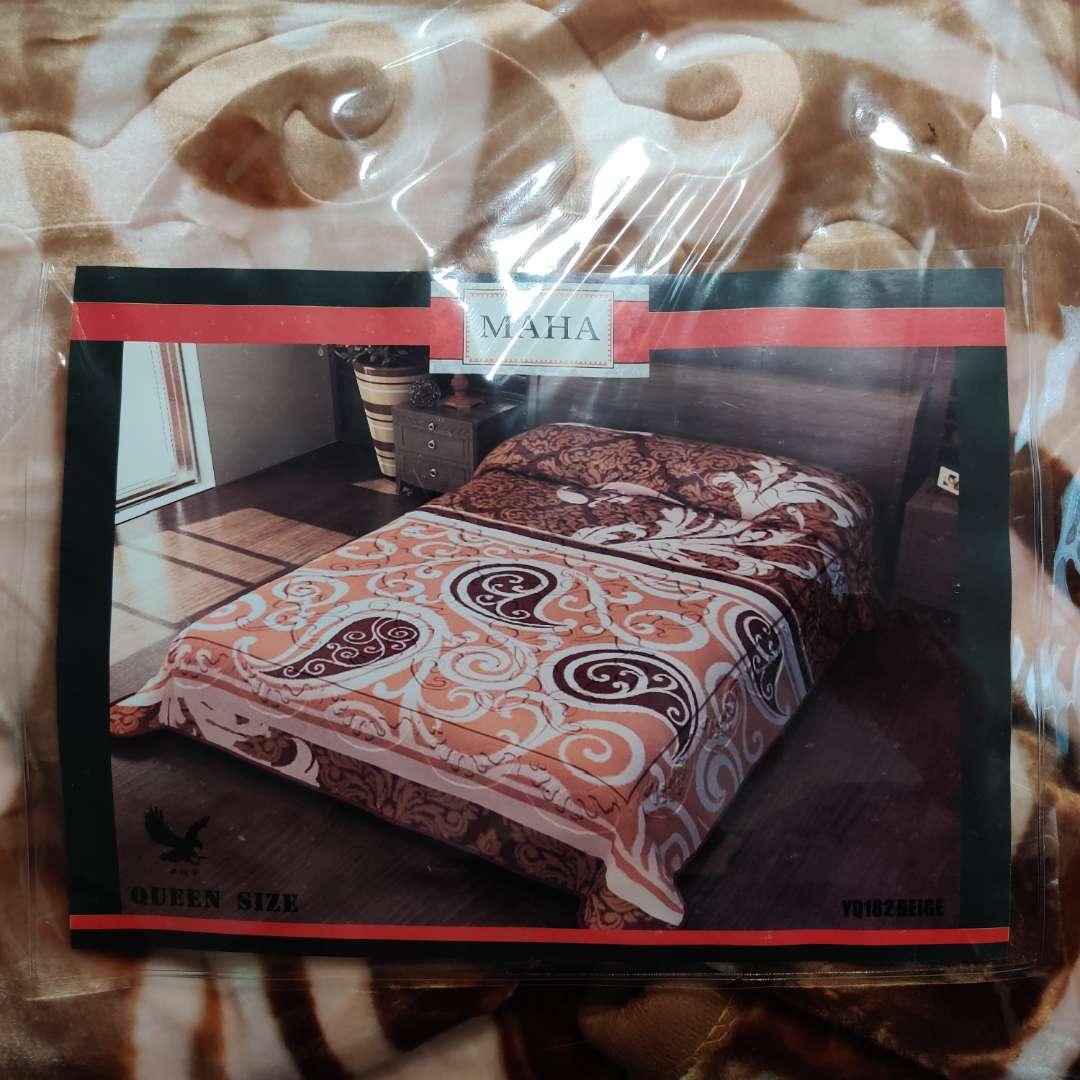 107 queen size blanket