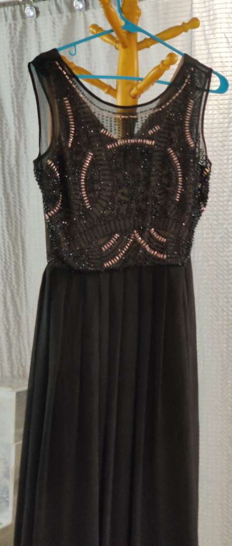 141 Xscape black and beaded top size 10