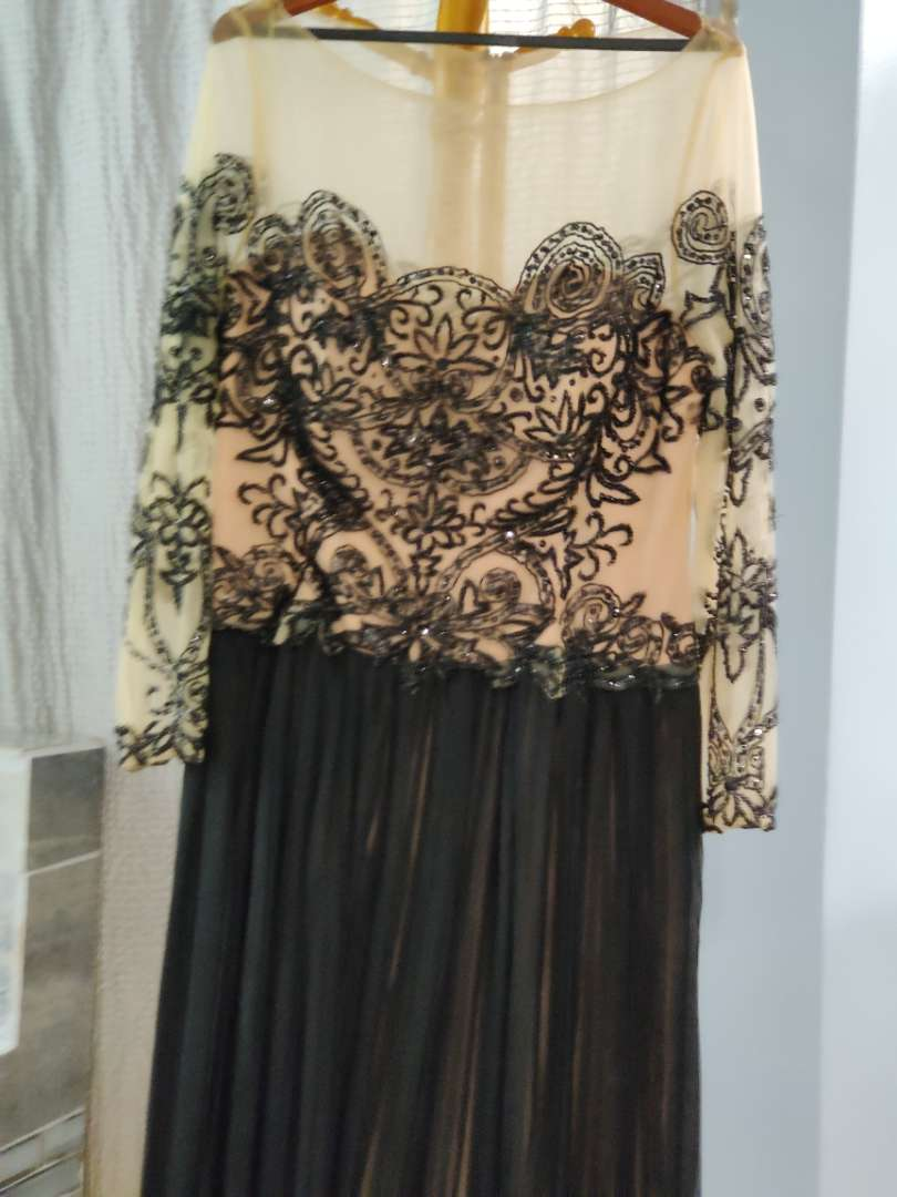147 Terani couture black and blush sequined dress size 20w