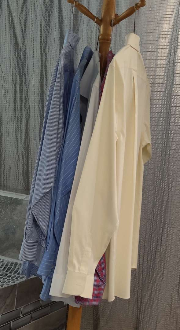 169 lot of five large short sleeve men's dress shirts two are Tommy Hilfiger