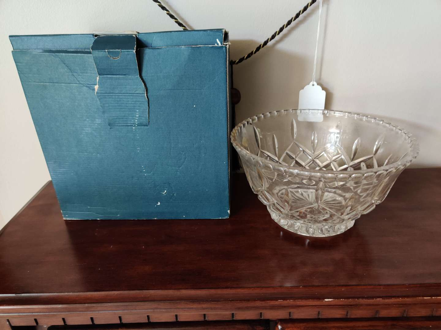 231 very nice Shannon Crystal large bowl in box