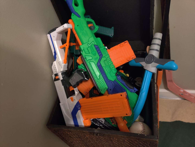 276 part of Nerf guns and balls