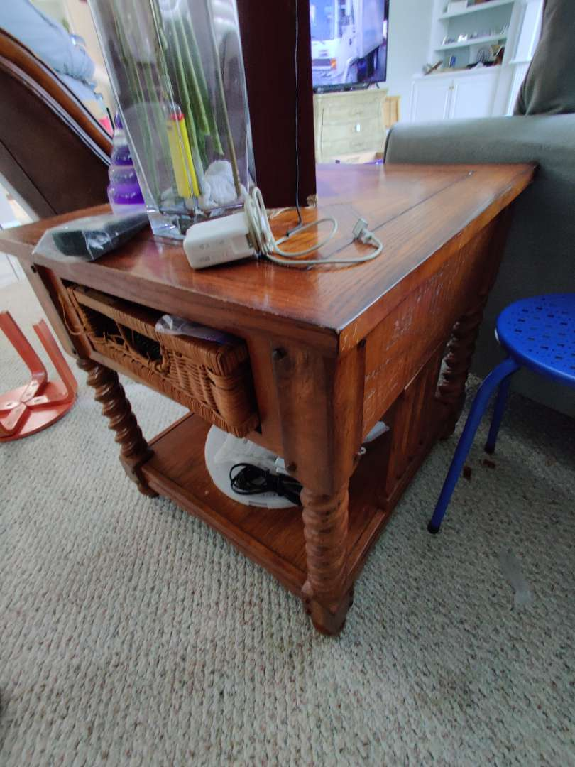 313 end table with drawer drawer faces messed up