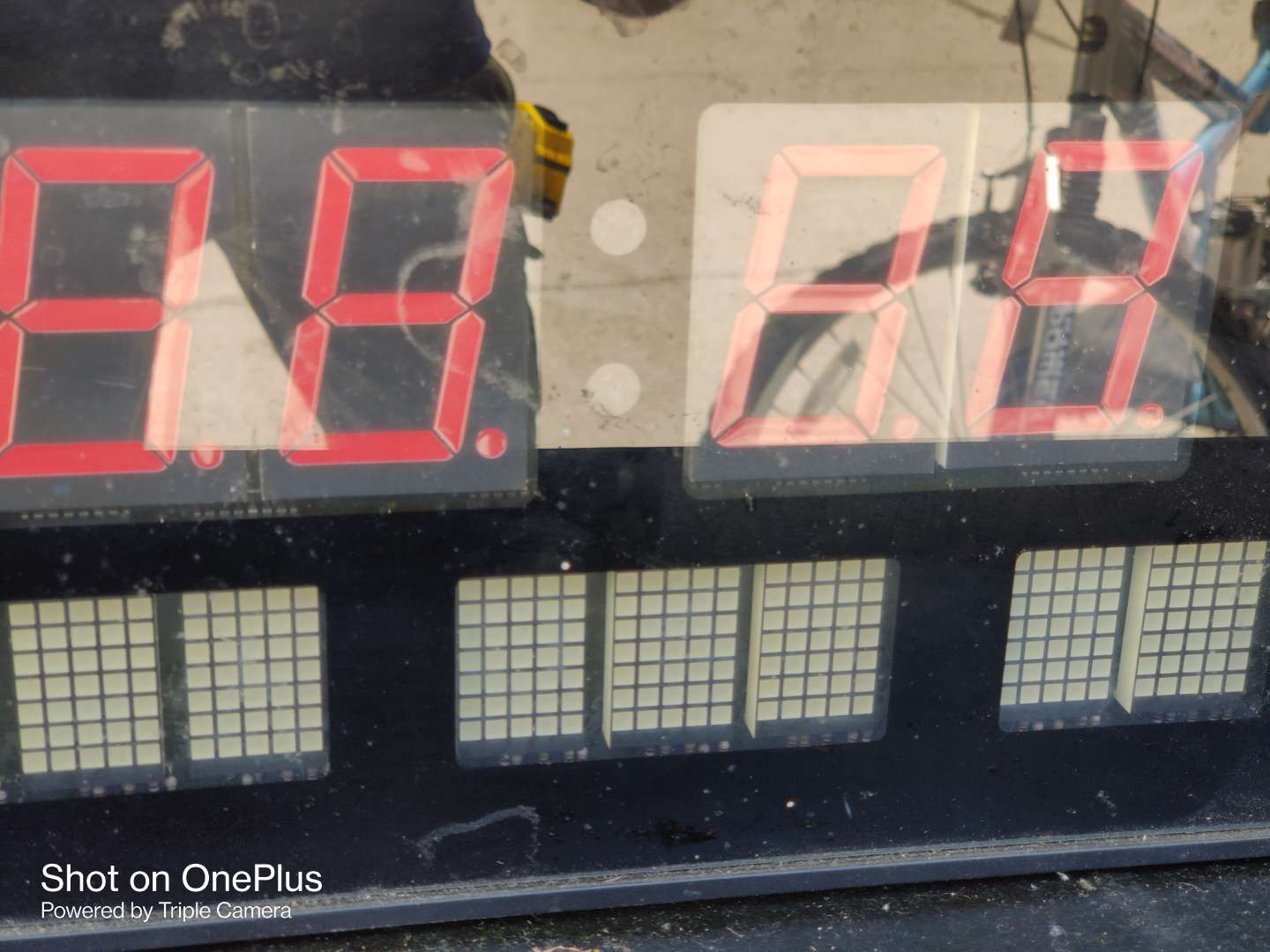 408 large electric digital clock 16 in x 8 in works