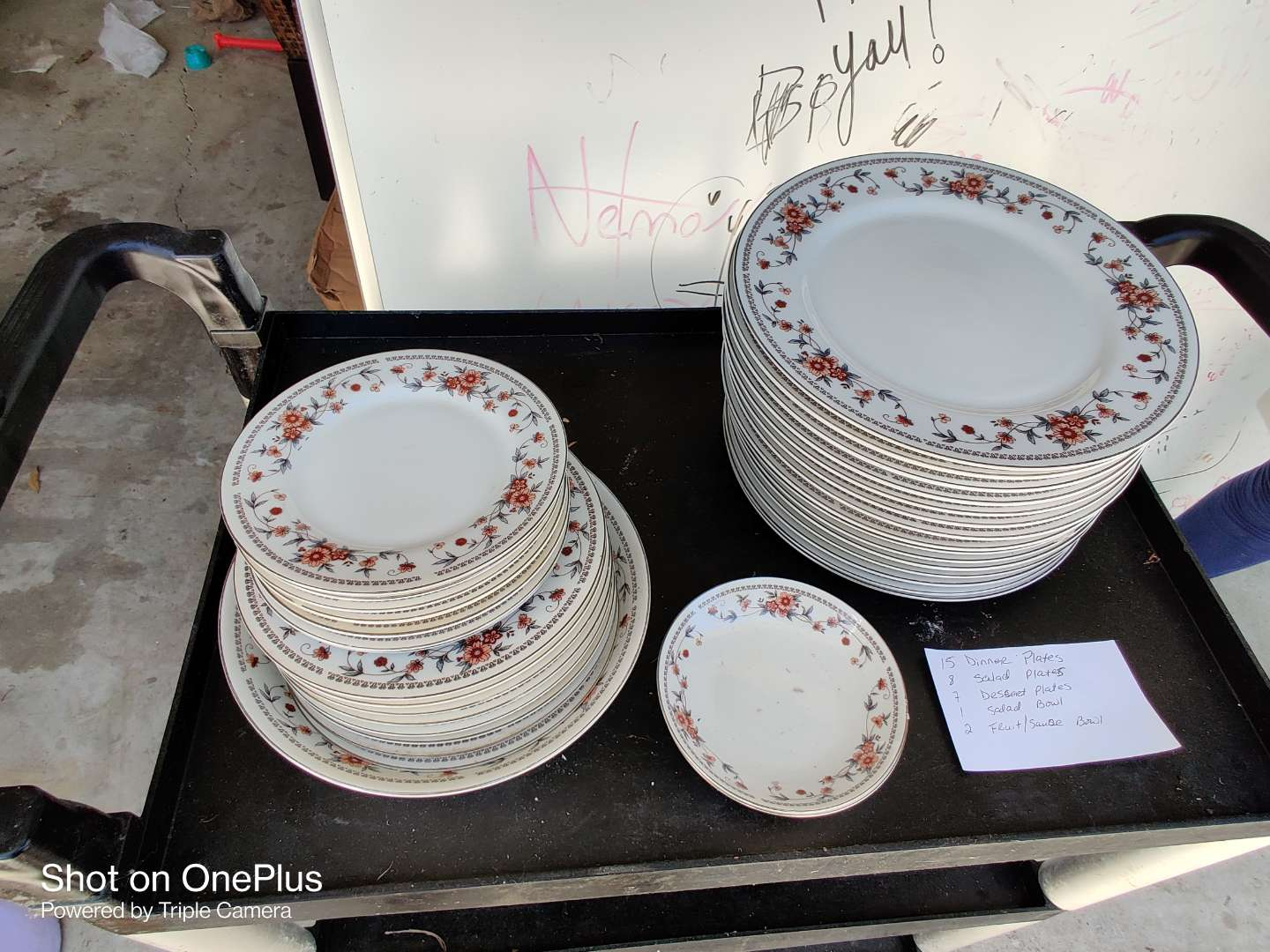 414 32 pieces Sheffield anniversary China a couple of chips