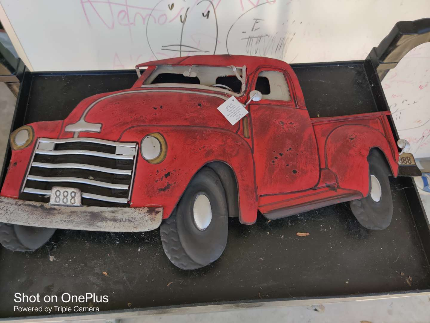 432 24-in long decorator metal truck red like new condition