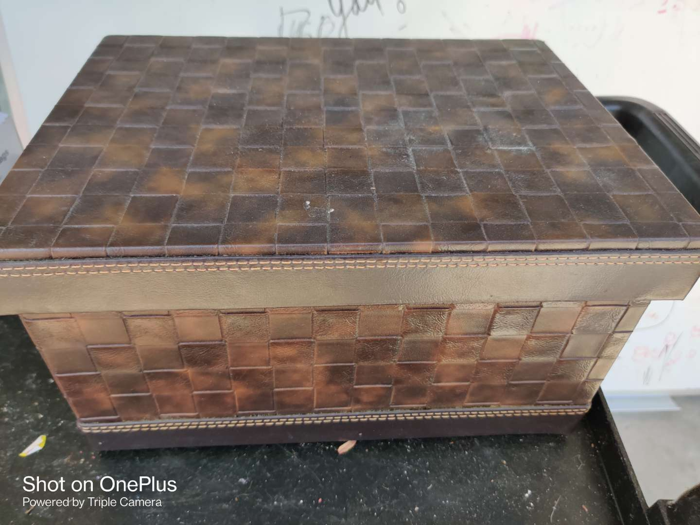 443 small trunk with lid