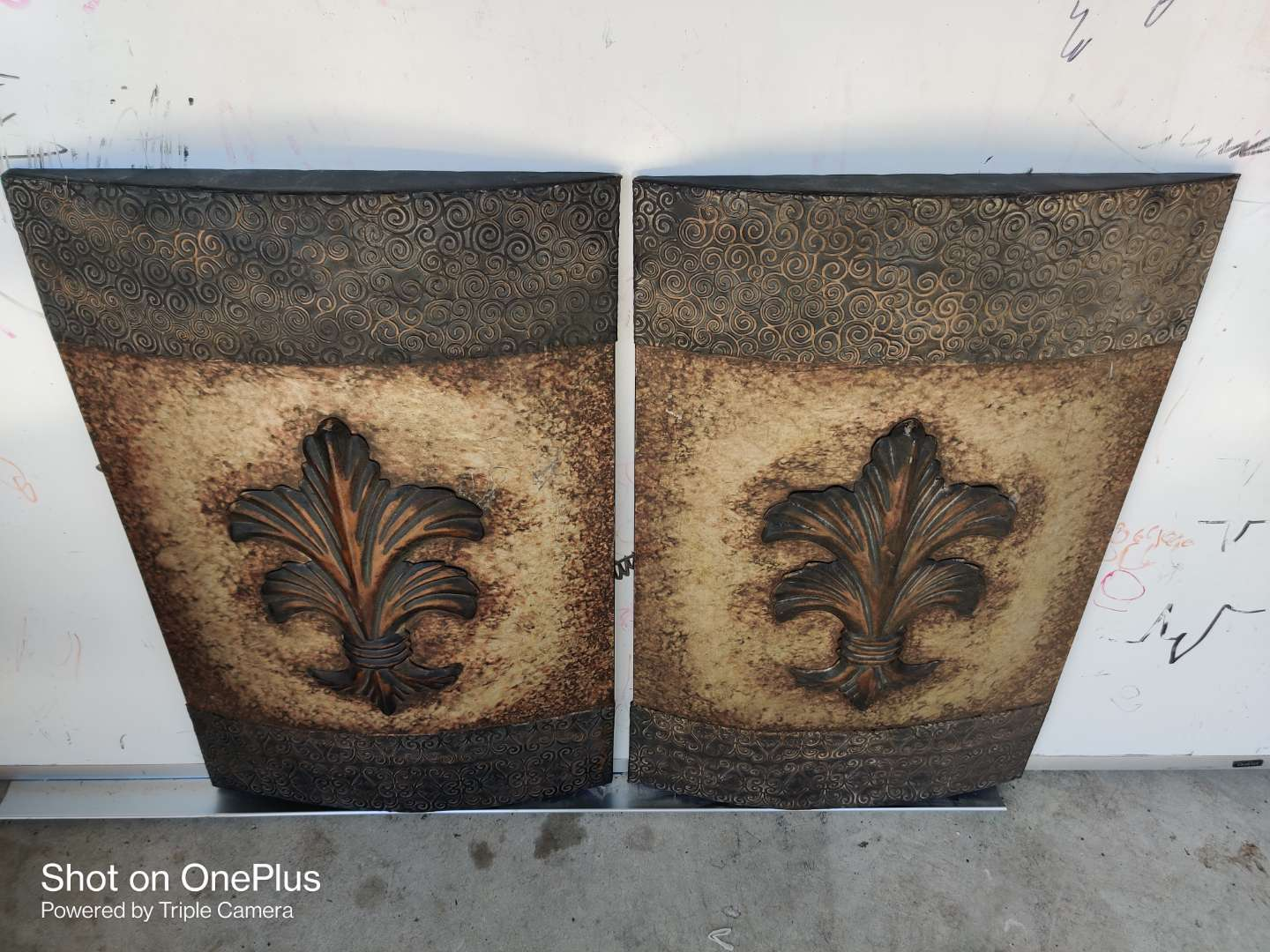 446 two metal wall art pieces 16 inches by 25 inches each