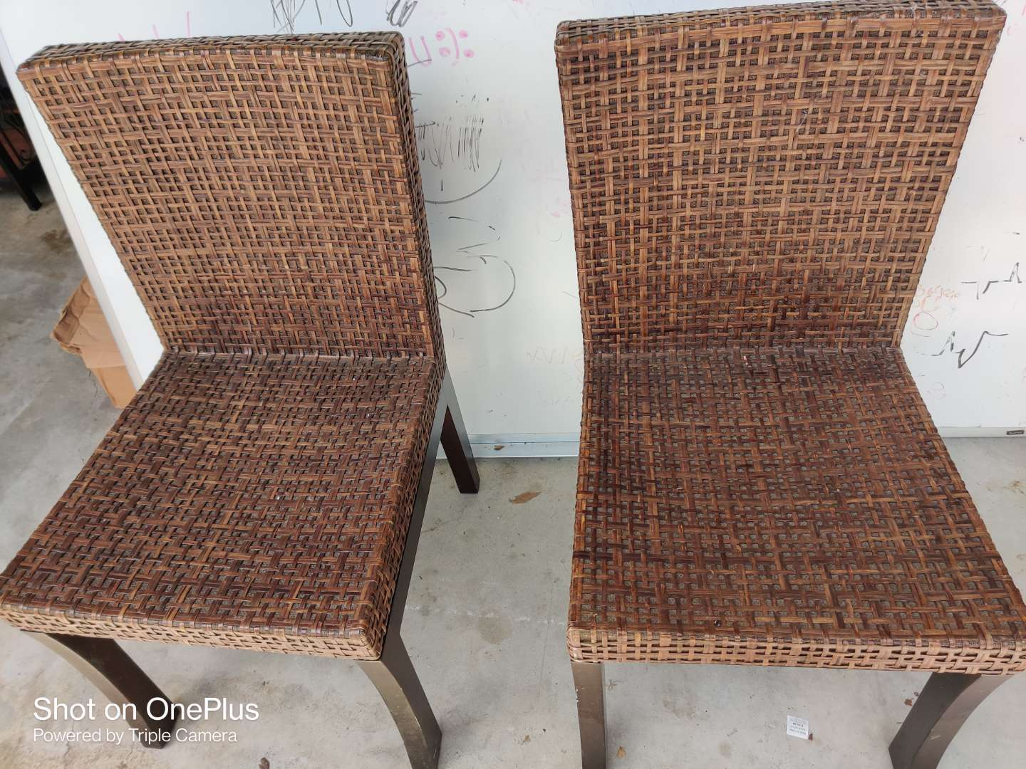 455 Two very nice dining chairs or desk chairs