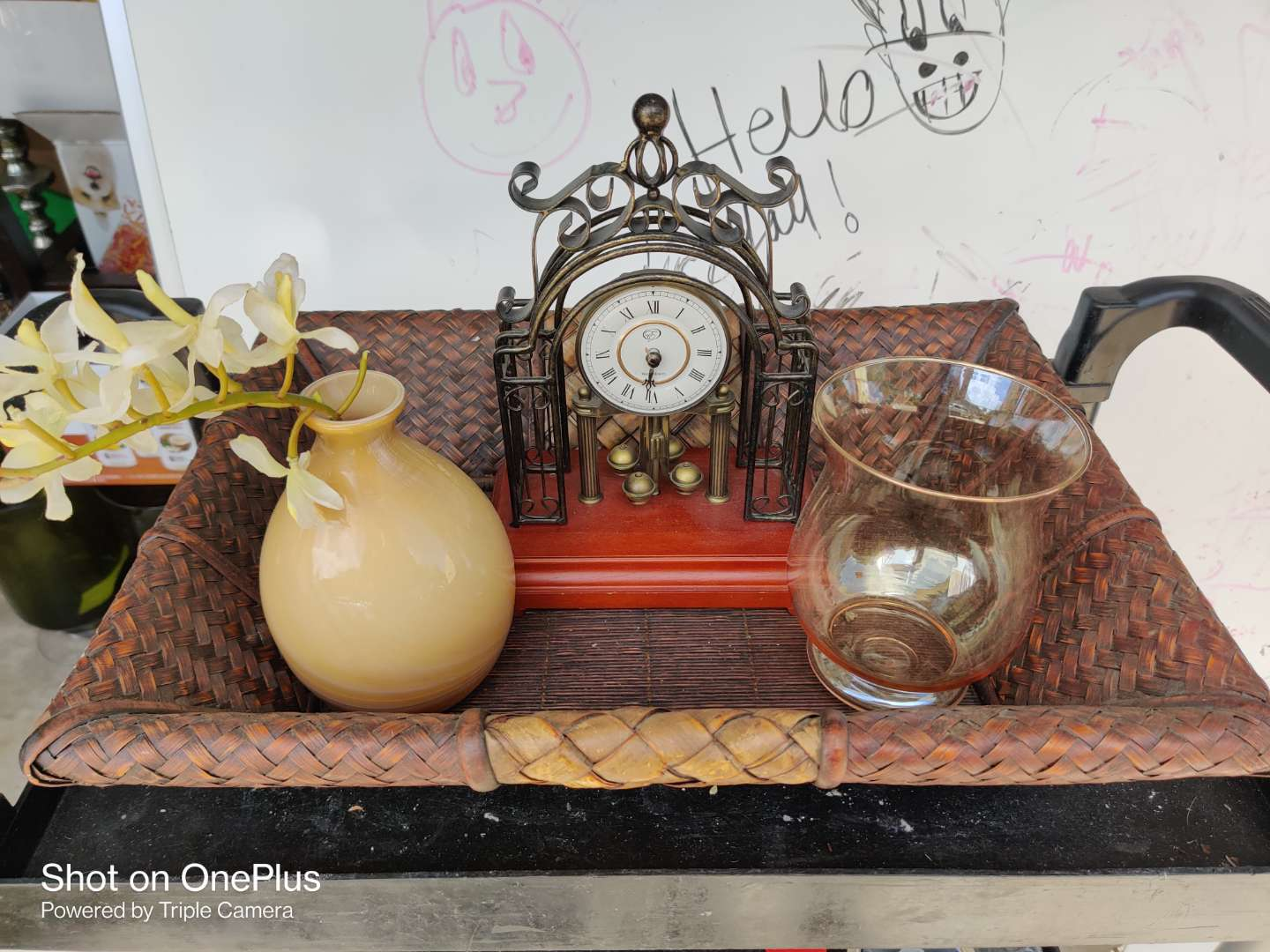 469 four pieces clock two vases and a basket