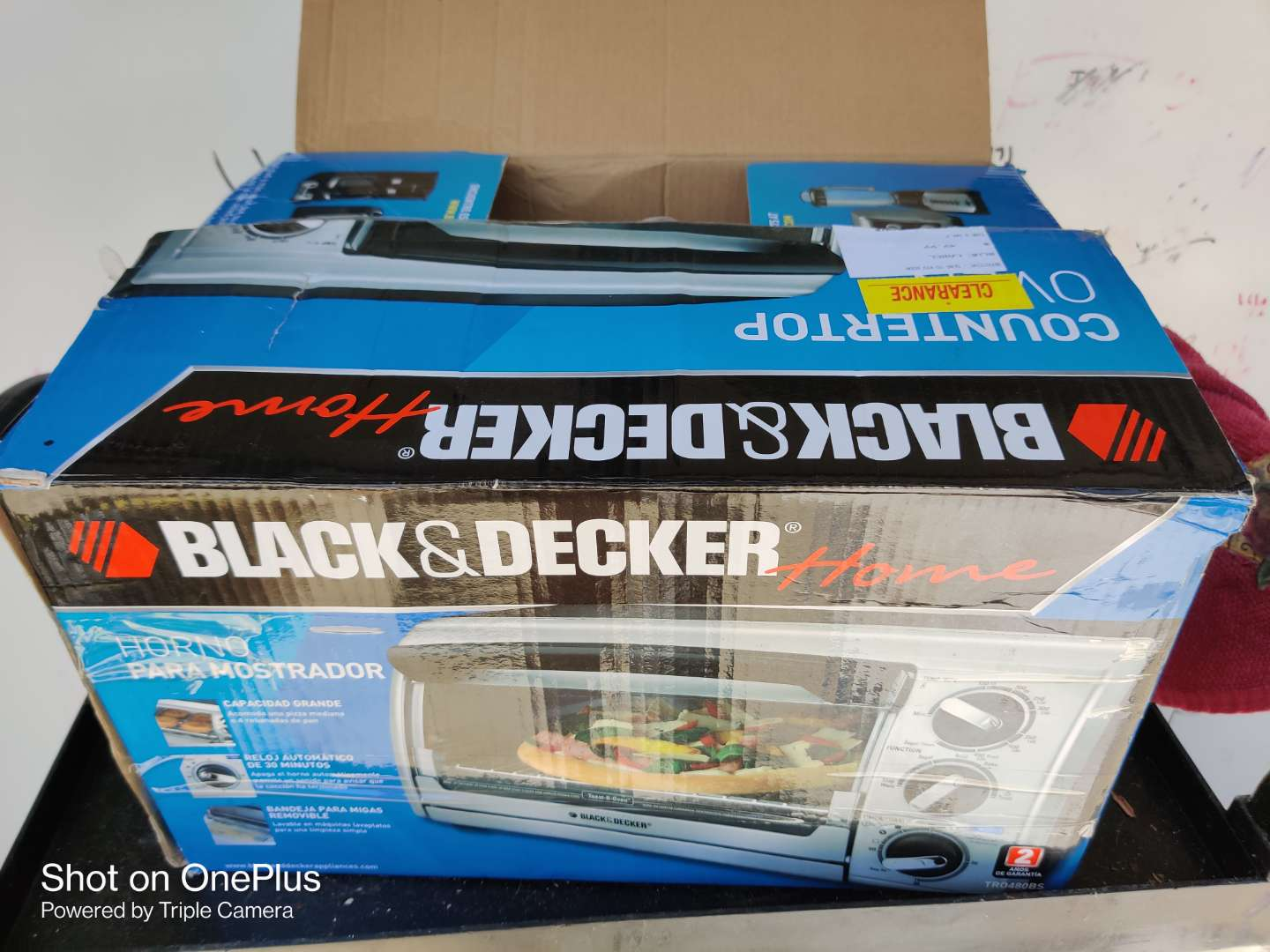 498 Black & Decker toaster oven used