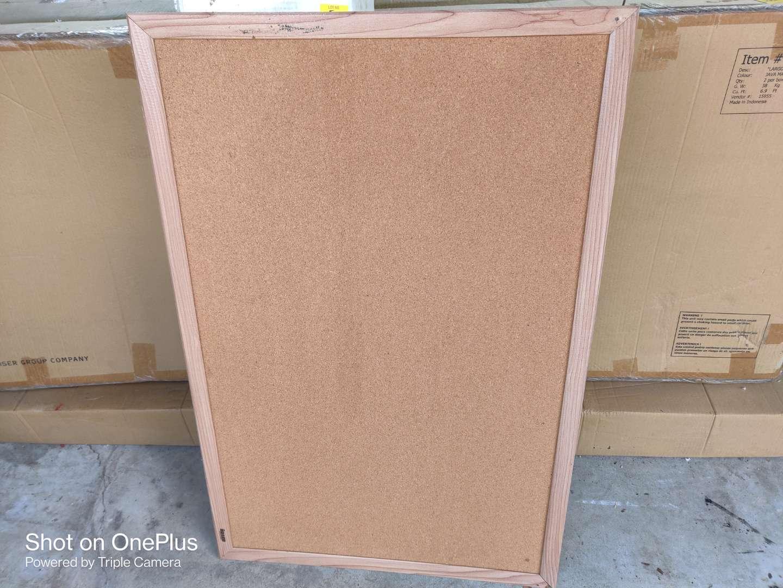 512 cork board 24x36