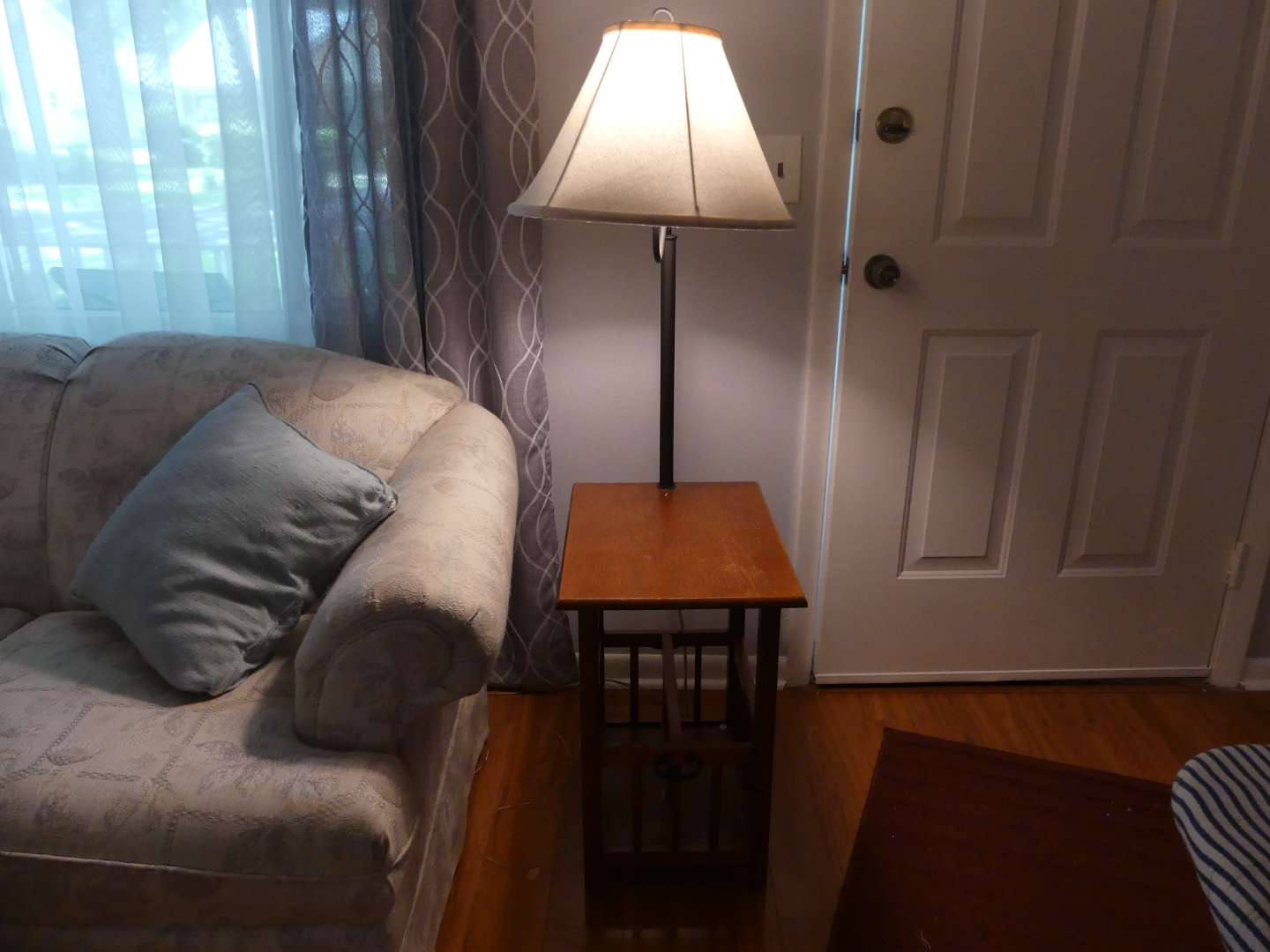 Lot #6 Side Table with Attached Lamp and Magazine Rack
