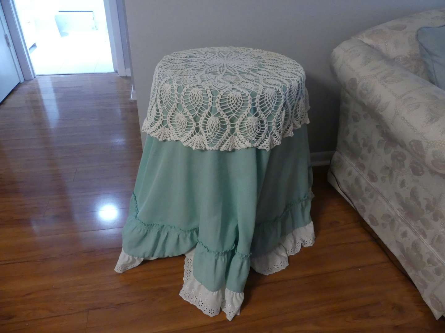 """Lot #9 """"Barrel"""" End Table with Fabric/Eyelet/Lace Cover"""