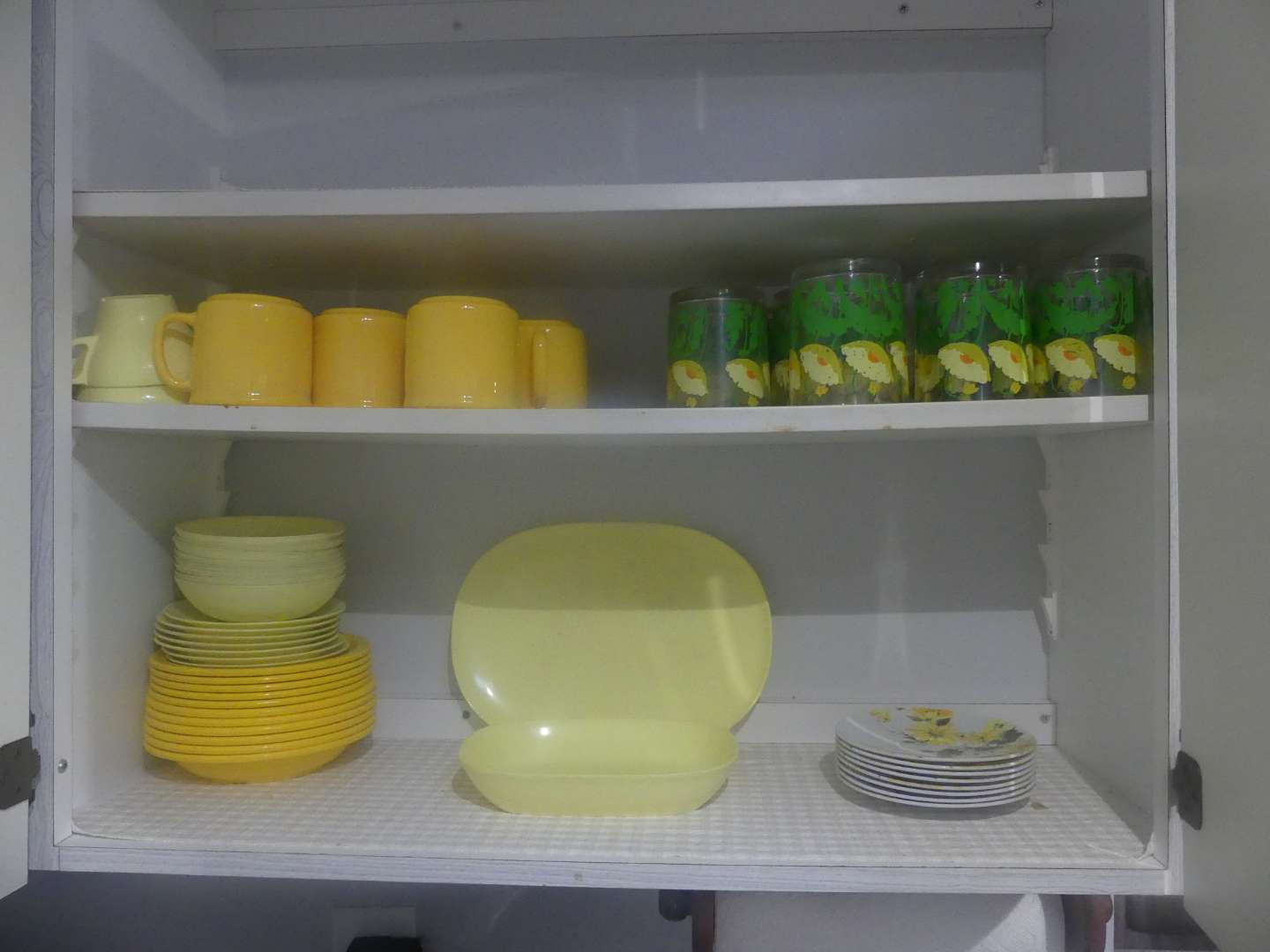 Lot #41 2 Shelves of Melamine Dishes and Cups/Mugs