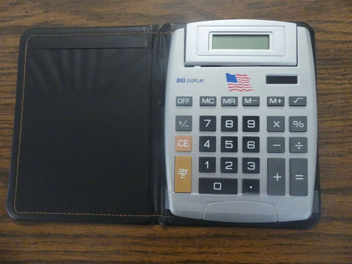 Lot #78 Big Display 8-Digit Electronic Calculator in Case