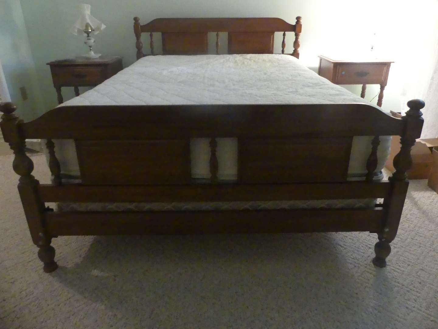 Lot #79 Full Size Bed  (See Description)