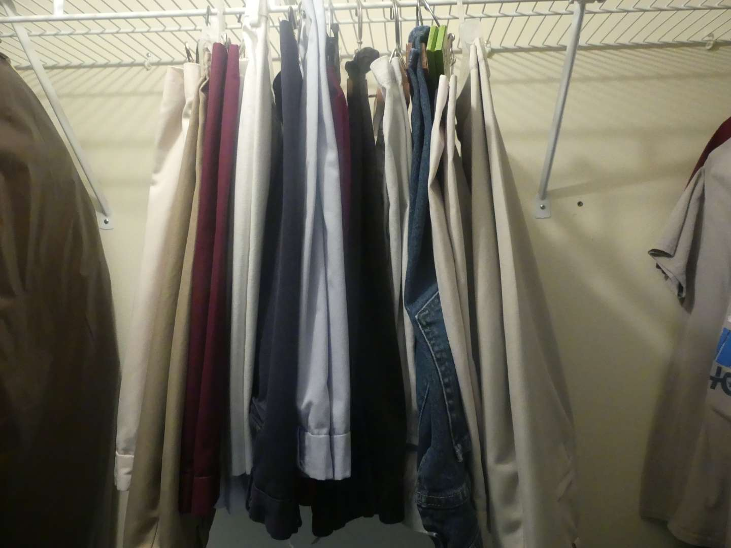 Lot #84 Lot of Men's Pants - Mostly Casual, Mostly Sizes 34 and 36
