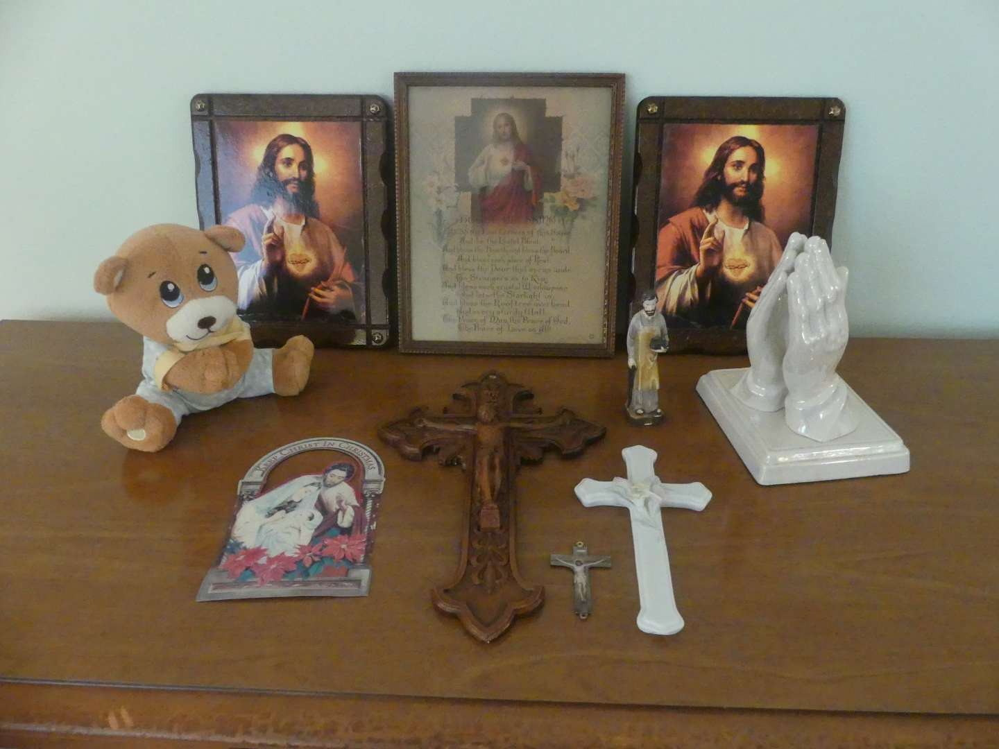 Lot #109 Lot of Religious Items
