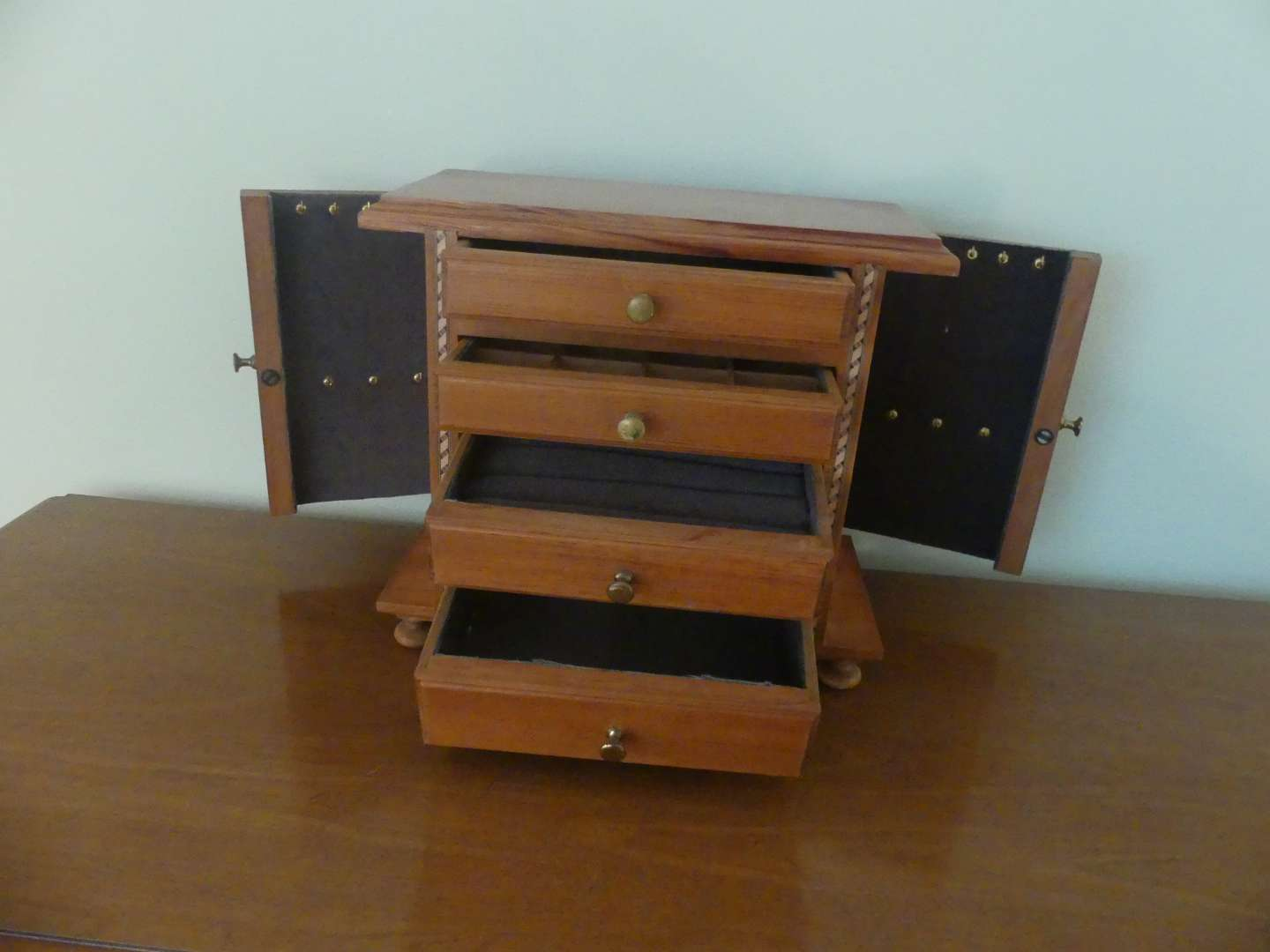 Lot #111 Beautiful Wood Jewelry Box with 4 Drawers and Side Doors