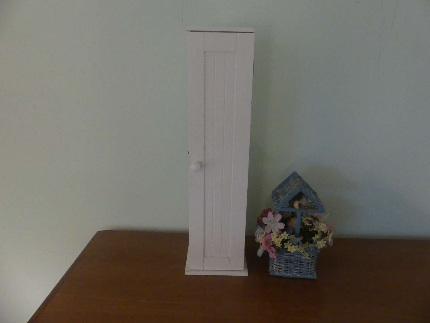 Lot #112 Bathroom Organizer for Tissues and Rolls of TP with Wishing Well Decoration