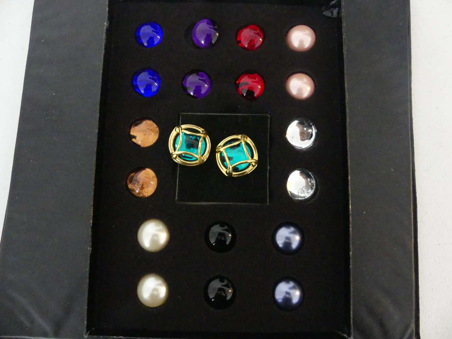 Lot #130 Vintage Joan Rivers Classics Collection Gold Tone Caged Cabochon Interchangeable Pierced Earrings