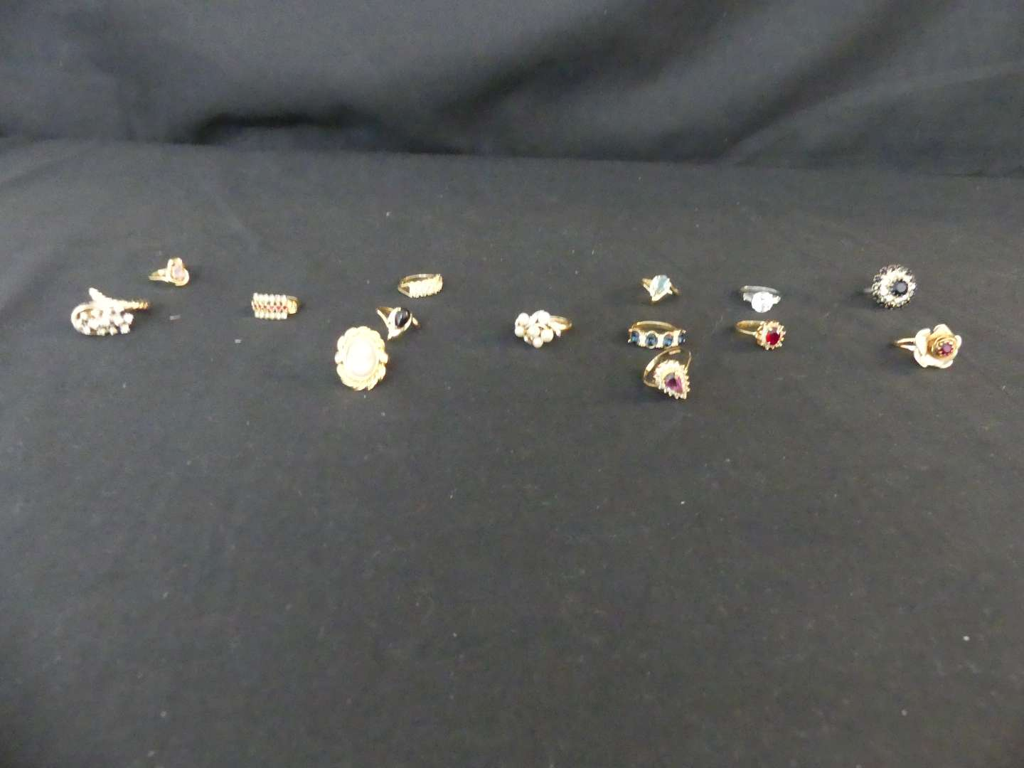 Lot #134 14 Ladies Costume Rings - Sizes 5-8, Some Adjustable
