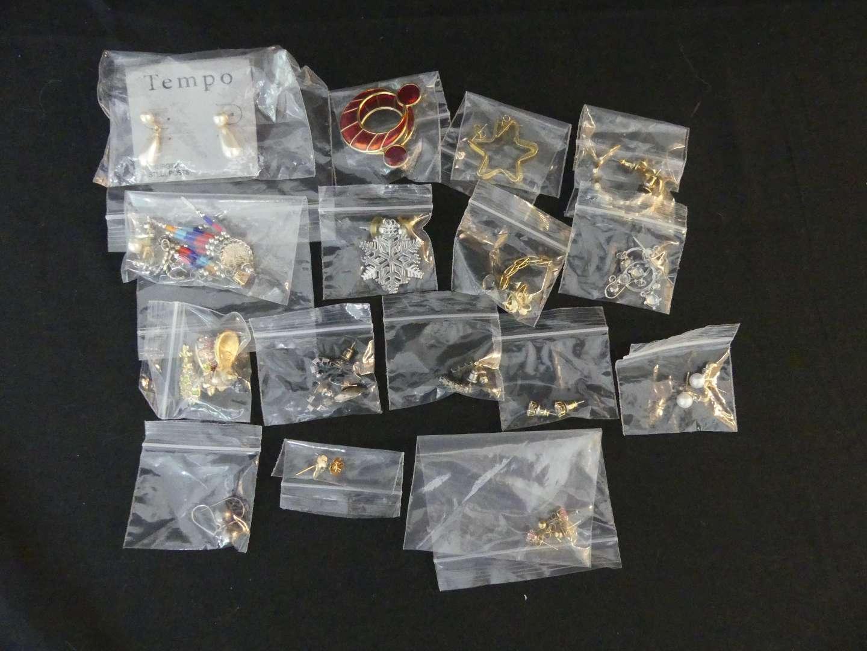 Lot #149 Lot of Costume Pierced Earrings