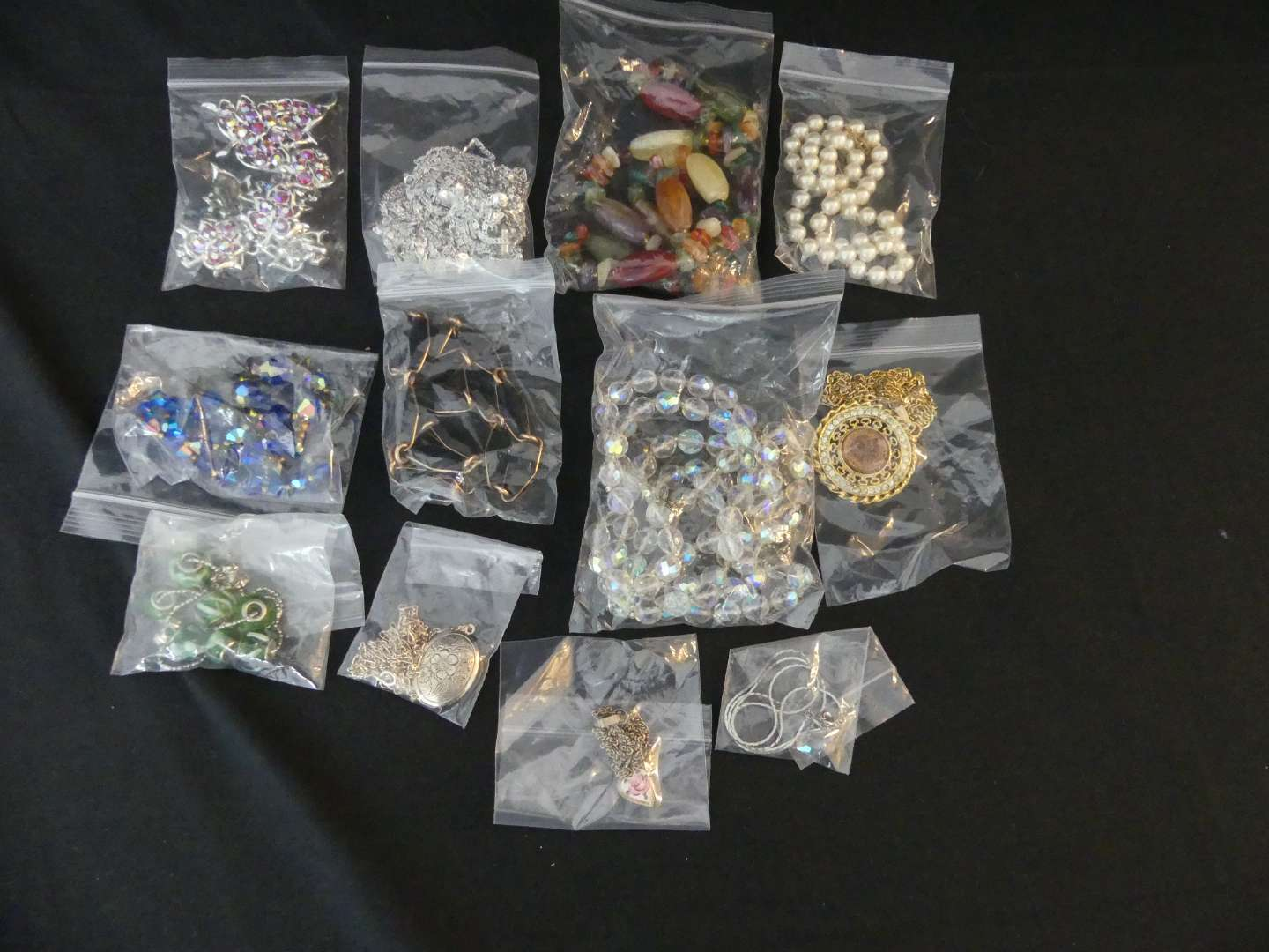 Lot #154 Lot of Costume Necklaces