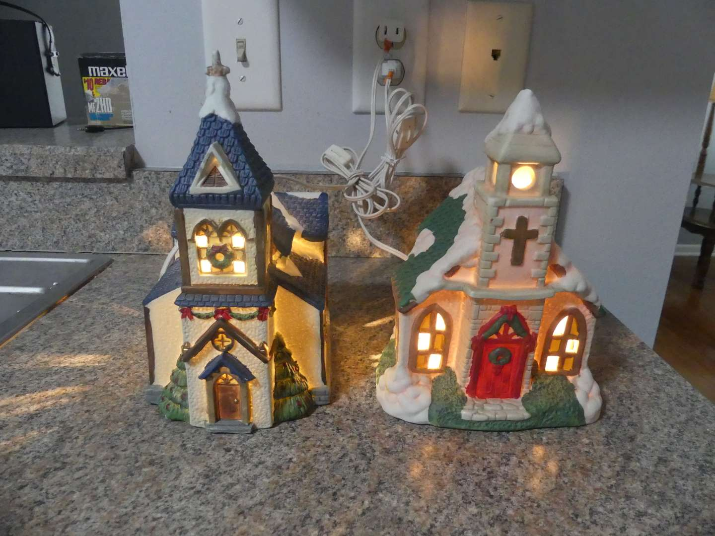 Lot #218 2 Lighted Houses