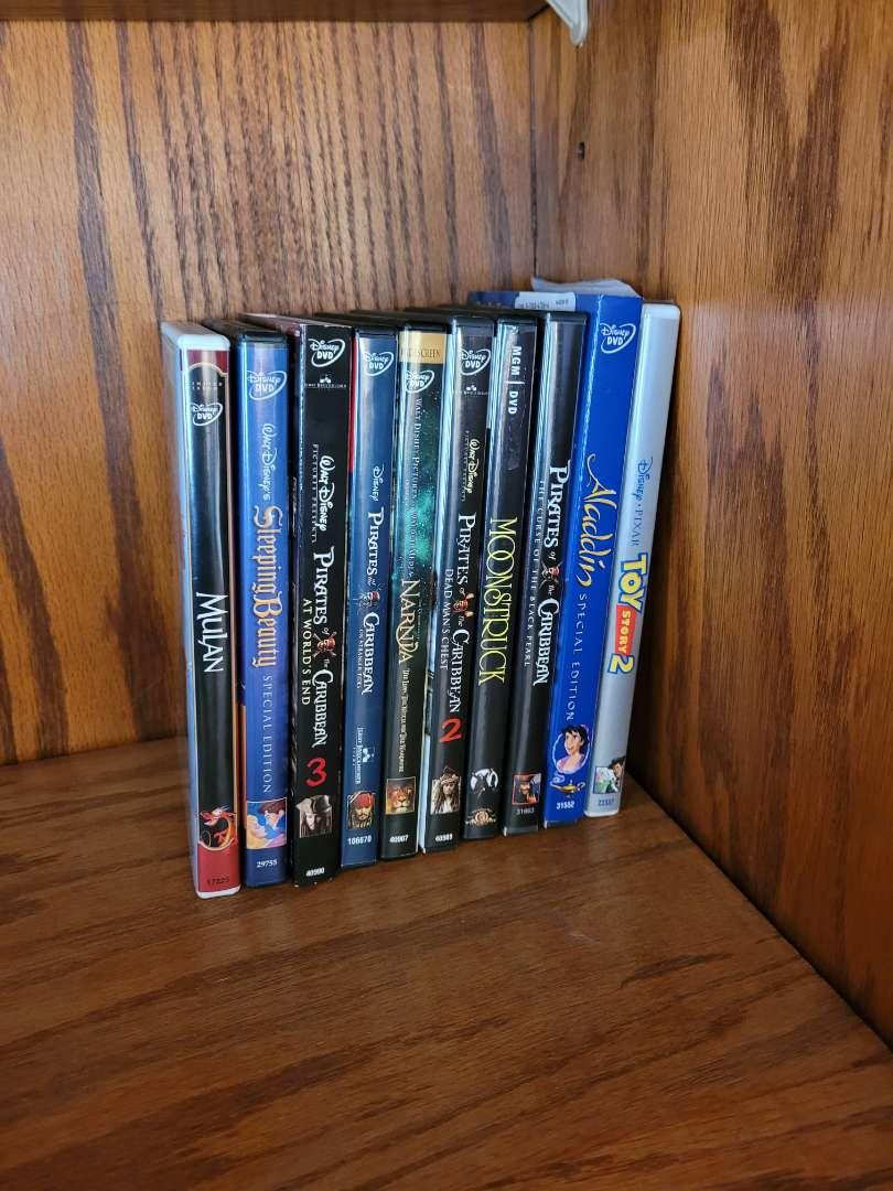 Lot # 11 (10) Disney DVDs
