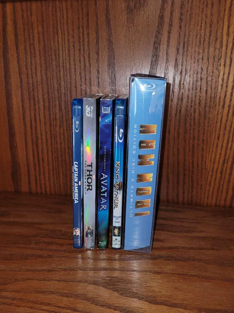 Lot # 14 (5) Blu Ray