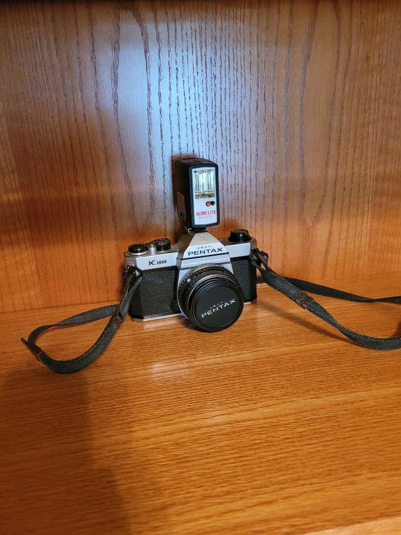 Lot # 45 Vintage Ashai Pentax K1000 Camera