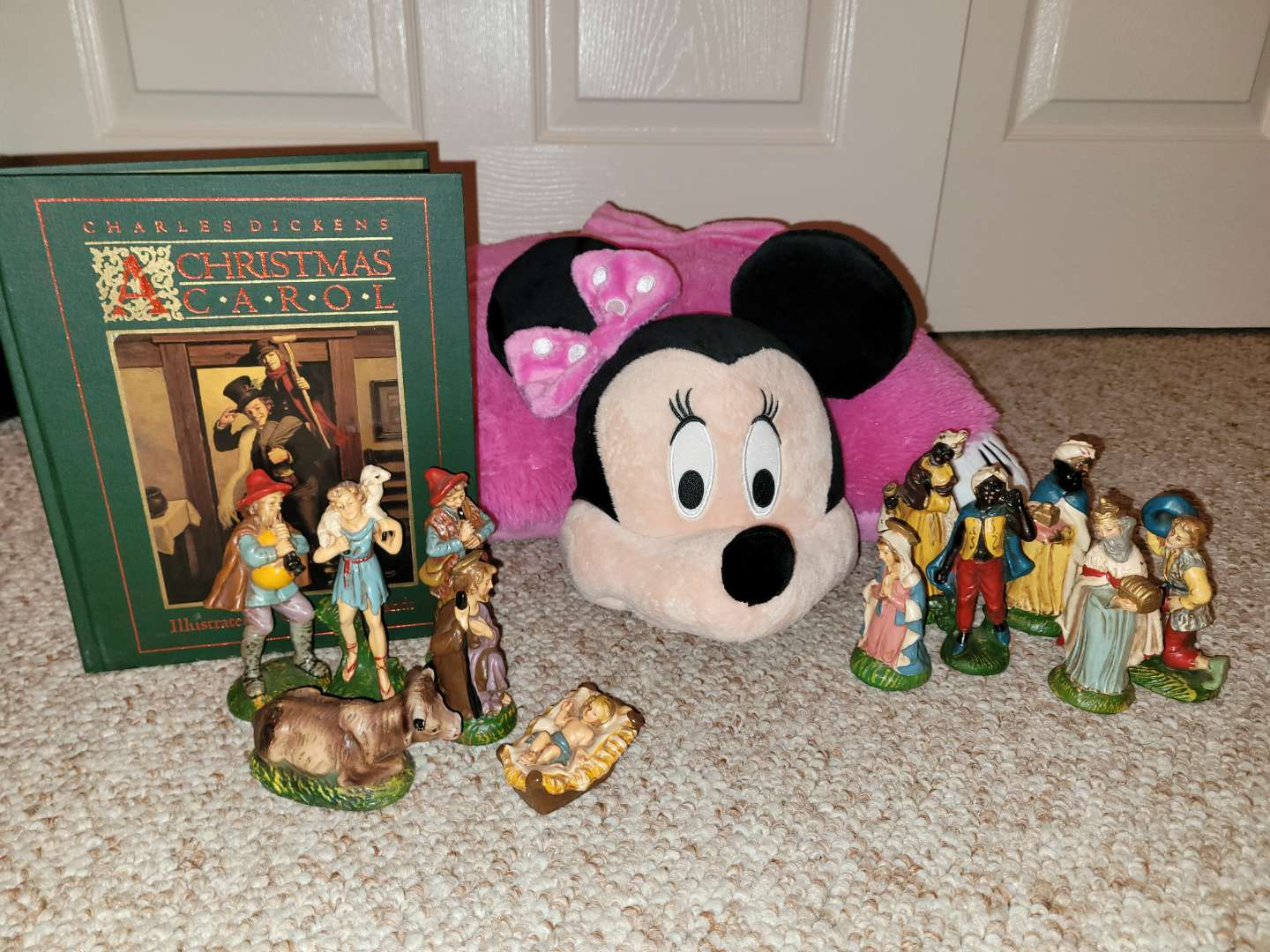 Lot # 63 Minnie Mouse Pillow, A Christmas Carol Book & Vintage Nativity People- Made in Italy