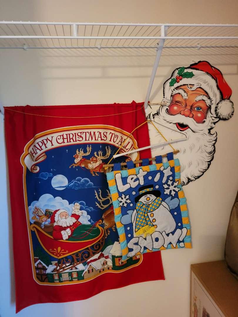 Lot # 64 (3) Christmas Hanging Decor