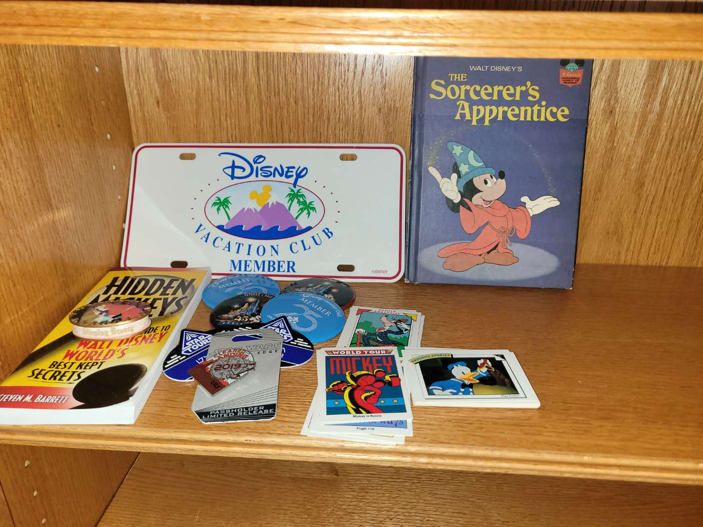 Lot # 78 Mickey Pins,Book & Trading Cards