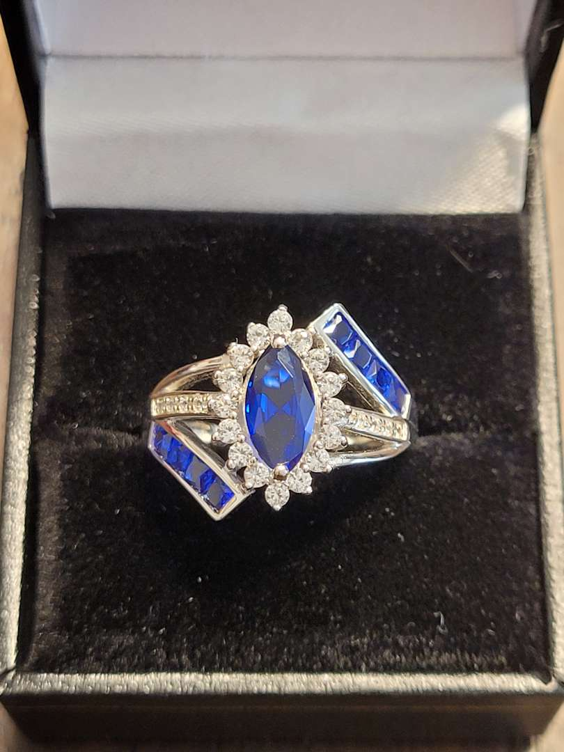 Lot # 98 Marquise Cut 3.30ct Sapphire Cocktail Ring - Sterling Silver - Sz7 - NBW