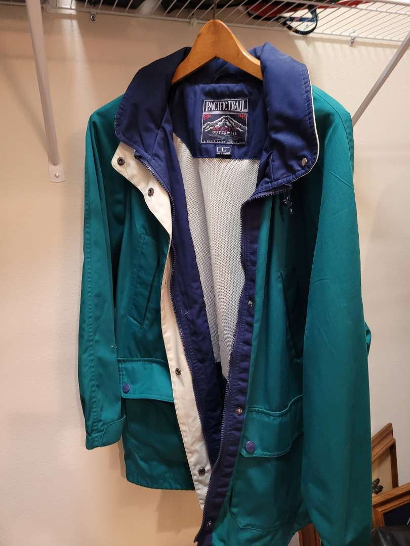 Lot # 155 Pacific Trail Jacket - Size Large