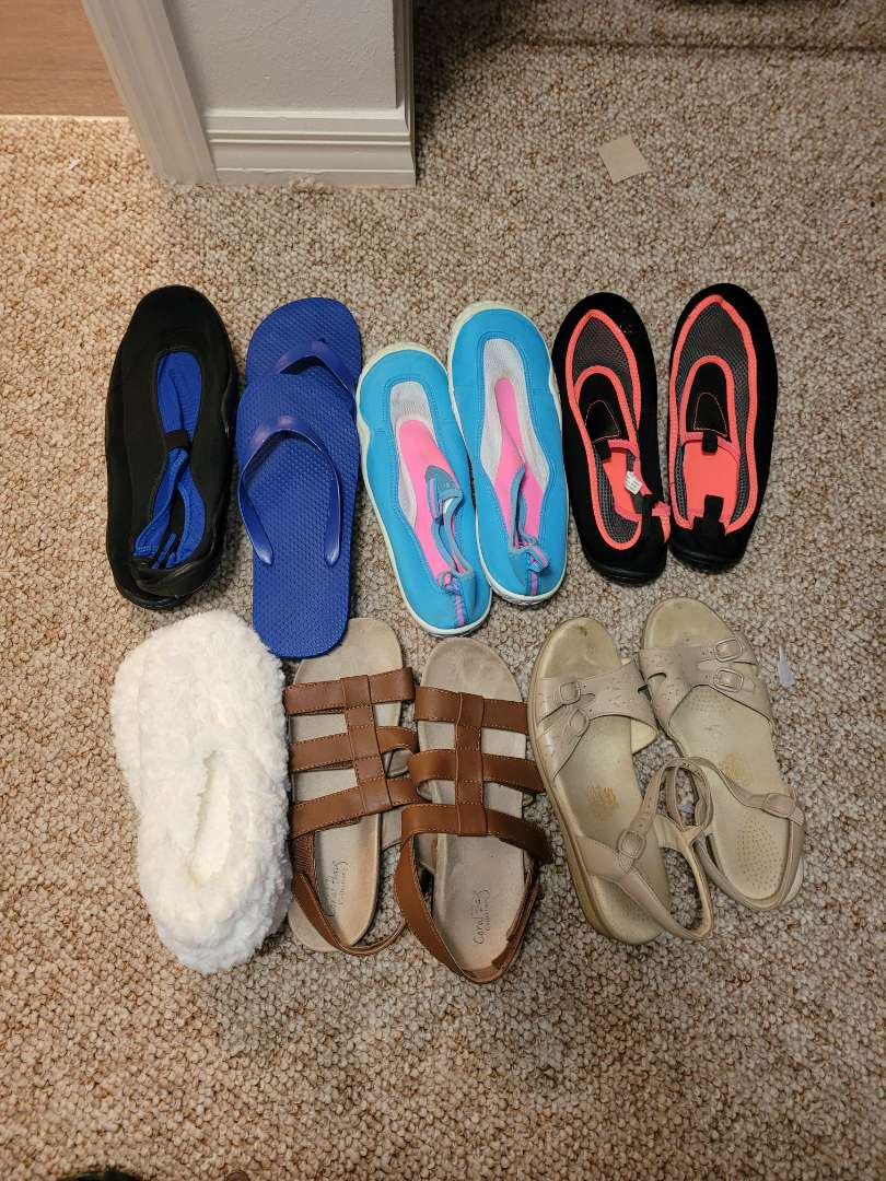 Lot # 157 (7) Pairs of Water Shoes, Slippers & Sandles - All size 9