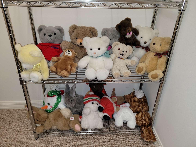 Lot # 175 Stuffed Animals