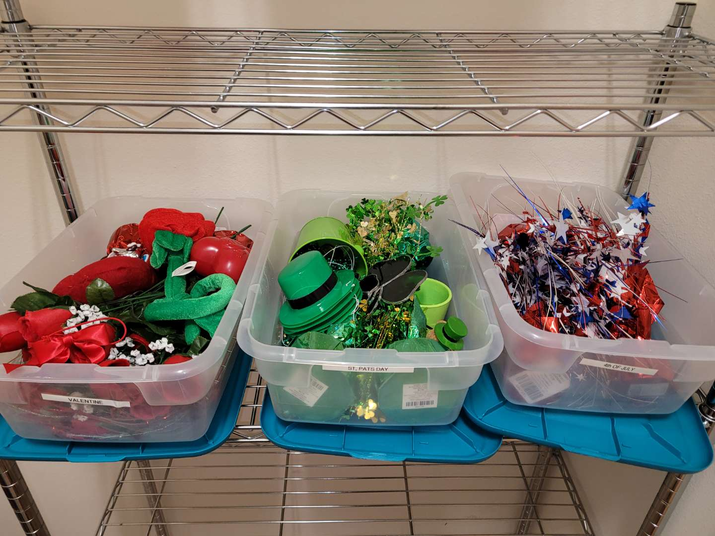 Lot # 177  Valentines, St. Patrick's Day & 4th of July Decorations