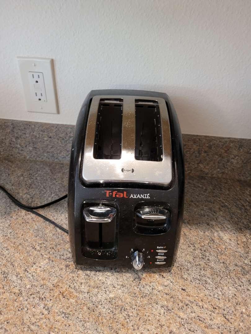 Lot # 215 TFal Toaster