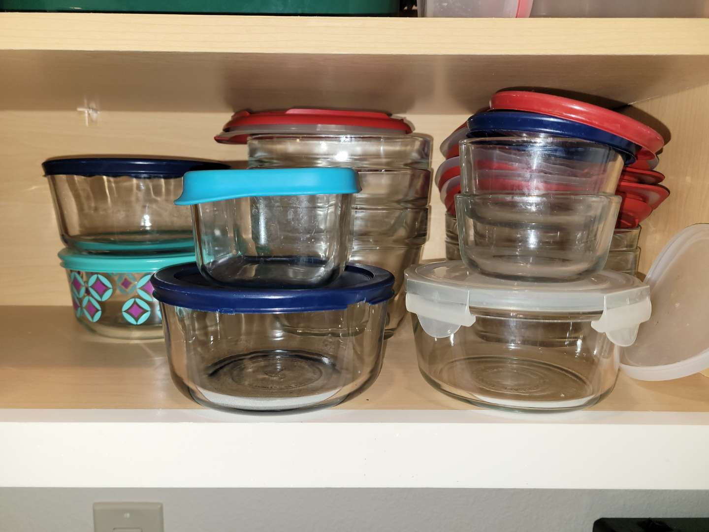 Lot # 219 Assorted Glass Storage Containers
