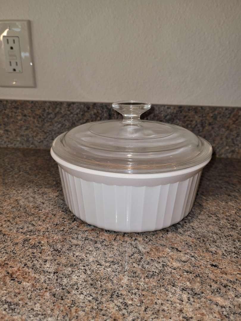 """Lot # 229 CorningWare 7"""" Baking Dish w/ Lid"""