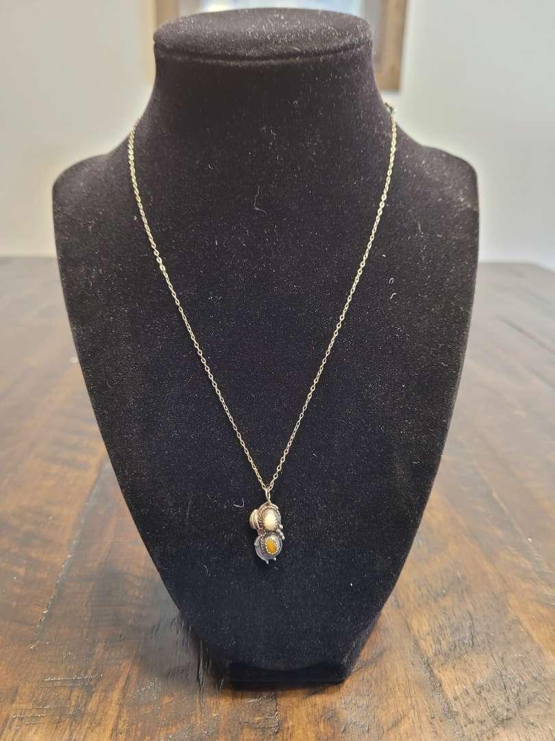 Lot # 289 Vintage Sterling Silver Necklace