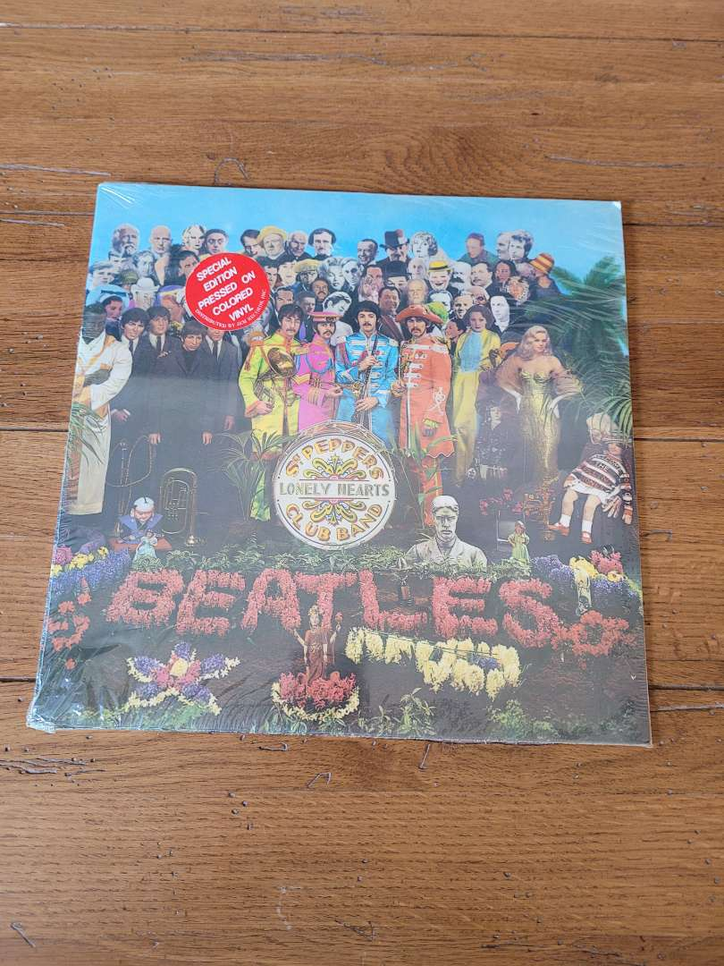 Lot # 308 Beatles St. Peppers Lonely Hearts Club Band - NBO