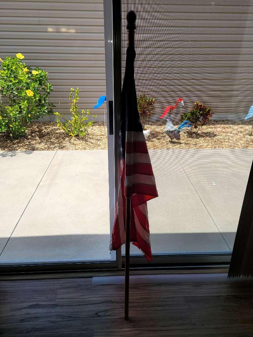 Lot # 329 Nice 5' Pole w/ America Flag